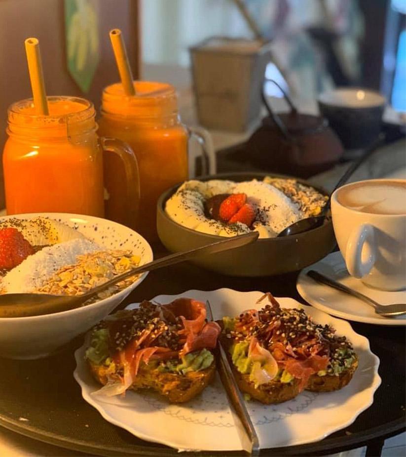 alabama Café Açai bowls